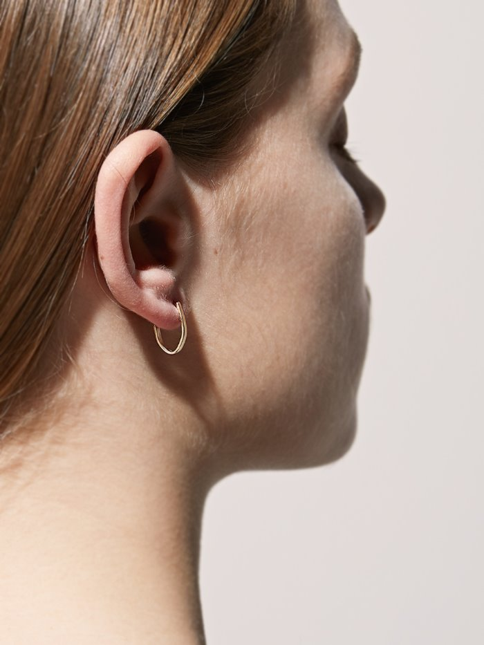 tiny simple line gold earring